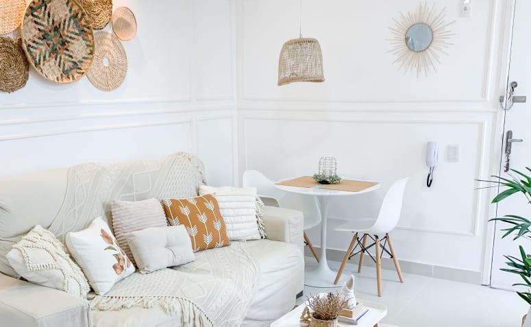 couleur cuivre et décor épuré personnalisent une pièce